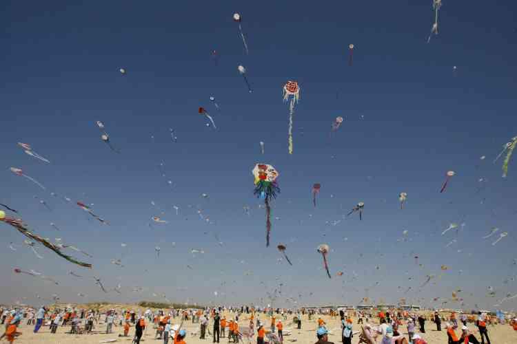 Lâcher de cerfs-volants à Gaza.