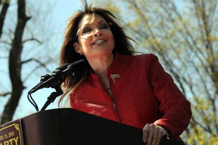 """Le magazine explique qu'il ne s'agit pas d'un palmarès des personnalités les plus puissantes. """"Il ne s'agit pas de l'influence du pouvoir, mais du pouvoir de l'influence"""", précise Time, qui distingue aussi l'ancienne candidate républicaine à la vice-présidence des Etats-Unis Sarah Palin."""