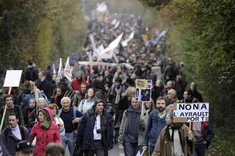 Opponents demonstrate against a project to build an international airport, on November 17, 2012 in Notre-Dame-des-Landes, western France. The project was signed in 2010 and the international airport is supposed to open in 2017 near the western city of Nantes. AFP PHOTO JEAN-SEBASTIEN EVRARD