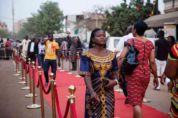 Sur le tapis rouge du cinéma Le Burkina, avant la projection de «Timbuktu».