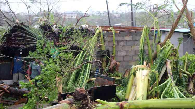 L'état d'urgence a été décrété dimanche dans l'archipel de plus de 80 îles, dont certaines sont très isolées, ce qui complique l'intervention des secours.