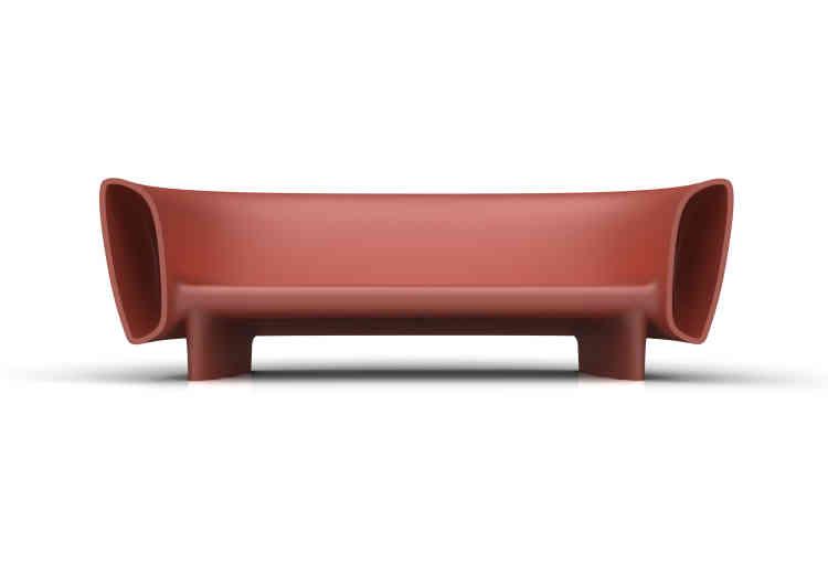 Canapé d'extérieur Bum Bum en plastique, capable de diffuser de la musique, connecté à bluetooth pour Vondom, 2014 (1 320 euros).