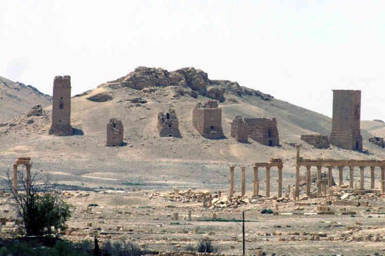 L'EI ayant déjà détruit des trésors archéologiques en Irak, la communauté internationale est particulièrement préoccupée par la situation.