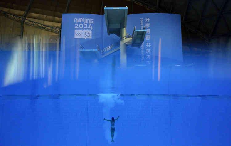 La Brésilienne Ingrid de Oliveira lors de l'épreuve de plongeon aux Jeux olympiques de la jeunesses 2014, à Nanjing (Chine).