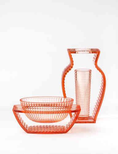 Vase I Shine et coupe U Shine pour Kartell, 2013 (109 euros et 102 euros).