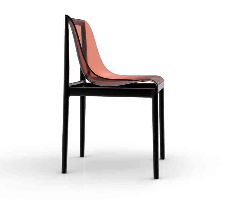 """Chaise Dream-Air, dessinée tel """"un foulard dans le vent"""" pour Kartell, 2015 (prix sur demande)."""