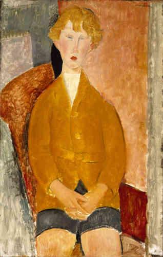 « Modigliani accorde autant d'intérêt à ce jeune anonyme qu'à ses amis artistes. Profondément marqué par l'influence de Paul Cézanne, il présente son modèle frontalement dans une palette éclaircie par la lumière du sud. »