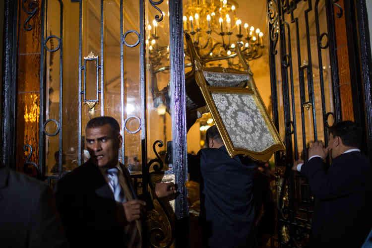 Lors de la visite officielle de François Hollande, au Caire, dimanche 17 avril.