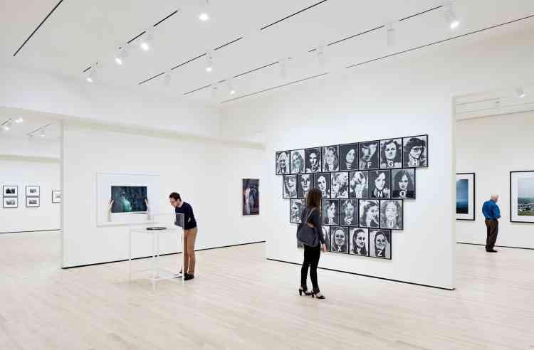 Le nouveau Centre Pritzker dédié exclusivement à la photographie occupe un étage entier. Cet espace est considéré comme le plus grand des Etats-Unis, consacré à ce médium.