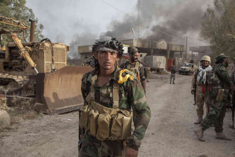 Après avoir bombardé la localité de Garma aux obus de mortier durant la matinée, les combattants sont entrés dans les rues des faubourgs sans rencontrer beaucoup de résistance.