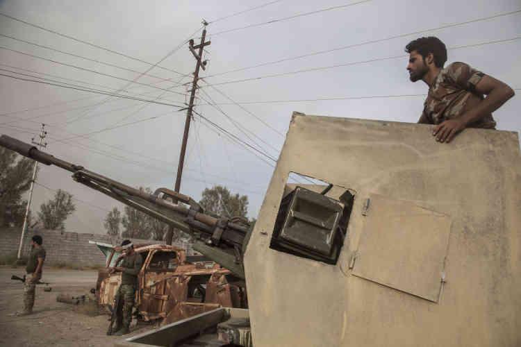 La Mobilisation populaire est uneforce paragouvermentale constituée de milices chiites et de quelques milices sunnites