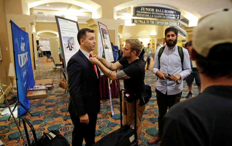 Austin Petersen, le fondateur du magazine « The Libertarian Republic », était aussi candidat face à Gary Johnson.