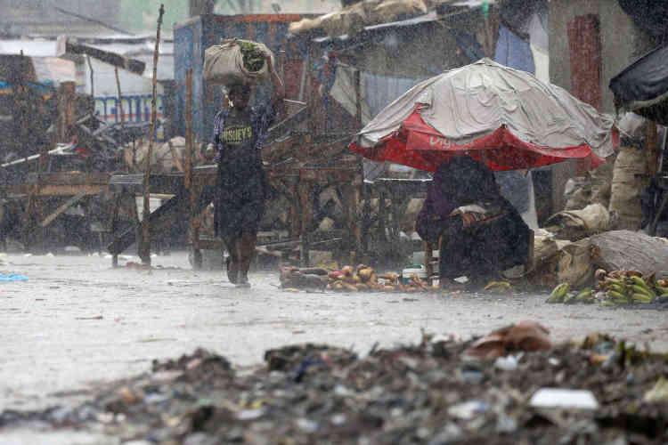 Port-au-Prince, à Haïti, a été particulièrement touché par l'ouragan Matthew. Mercredi, cinq personnes ont été tuées dans l'île.