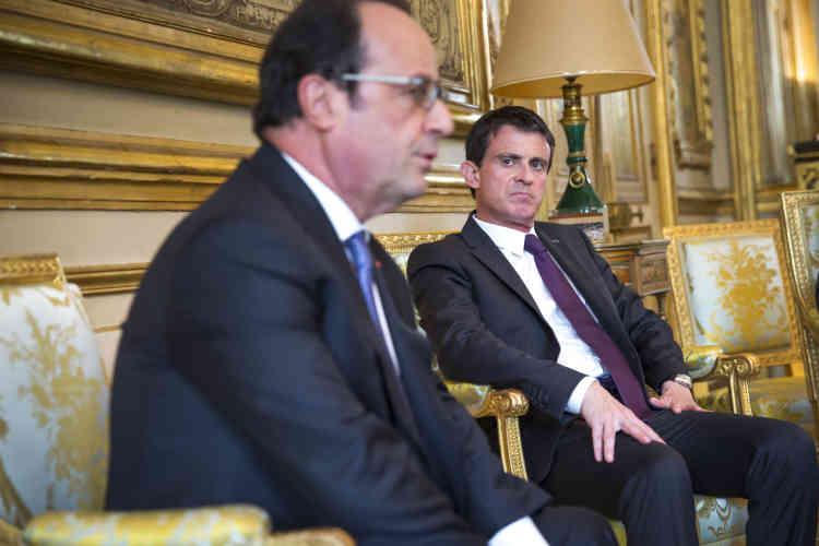 Le 25 juin 2016. François Hollande et Manuel Valls rencontrent les chefs de partis après l'annonce de la sortie de l'Union européenne du Royaume-Uni, au palais de l'Elysée à Paris.