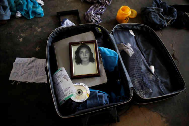 Un portrait de la grand-mère de Teflon, dans sa valise.