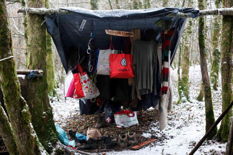 Les occupants du bois Lejuc sont sous le coup d'une expulsion de leurs bivouacs dans les prochaines semaines. Ils appellent à un rassemblement national de soutien le 18 février.
