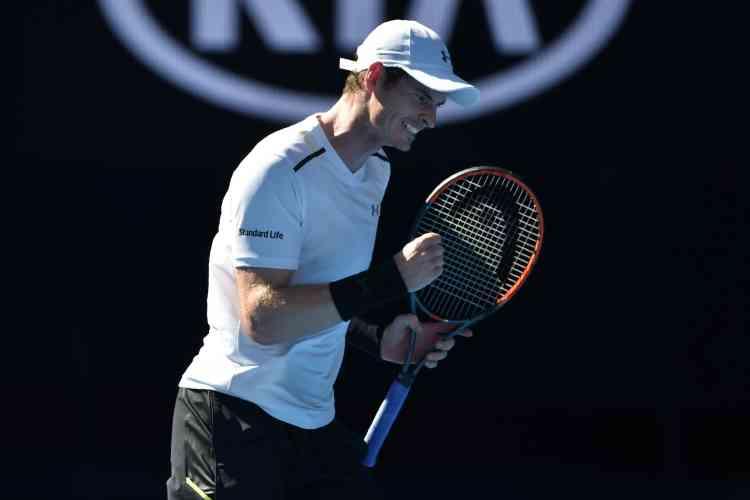 Andy Murray a dû serrer le jeu pour venir à bout de l'Ukrainien Illya Marchenko (93e mondial). Le numéro 1 mondial s'est imposé en trois sets : 7-5, 7-6 (5), 6-2. Au deuxième tour, il retrouvera le jeune qualifié russe Andreï Rublev (19 ans, 156e).