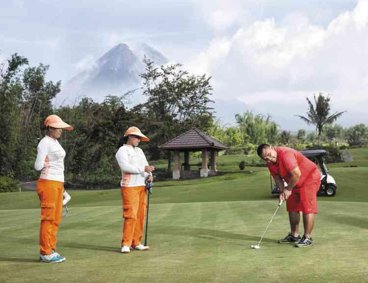 Ce golf situé près du mont Merapi a été construit sur une zone au risque élevé, qui avait été anéantie lors de l'éruption de 2010.