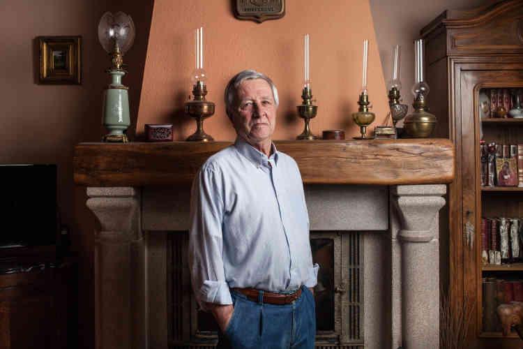 Michel Redon, époux de Laurence, responsable de l'épicerie sociale Du bleu dans le gris, participe aussi à l'installation de la famille soudanaise. Ici, dans sa villa, sur les hauteurs de Bugeat.