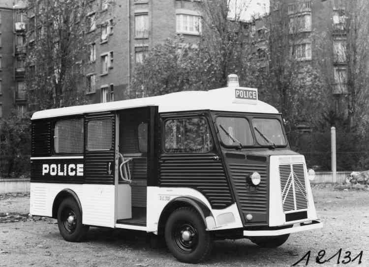 Le Type H (dit aussi« Tube»), diffusé de 1947 à 1981, se sera mis au service des artisans et commerçants mais aussi de la police dans sa version dit « Panier à salade», omniprésente sur les images d'archives de mai 1968.