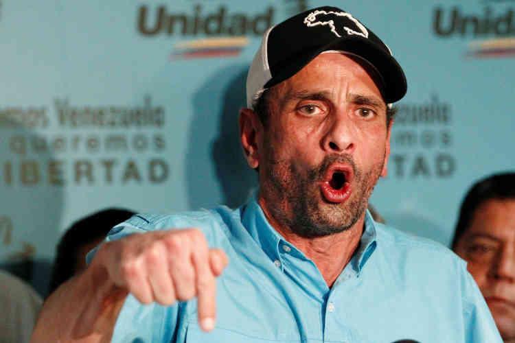 Le leader de l'opposition, Henrique Capriles, a dénoncé un « processus frauduleux» qui ne fera que renforcer les pouvoirs du président chaviste.