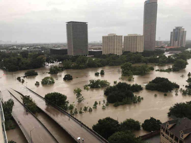 Les autorités fédérales craignent qu'il ne faille des années pour réparer les dégâts provoqués par Harvey.