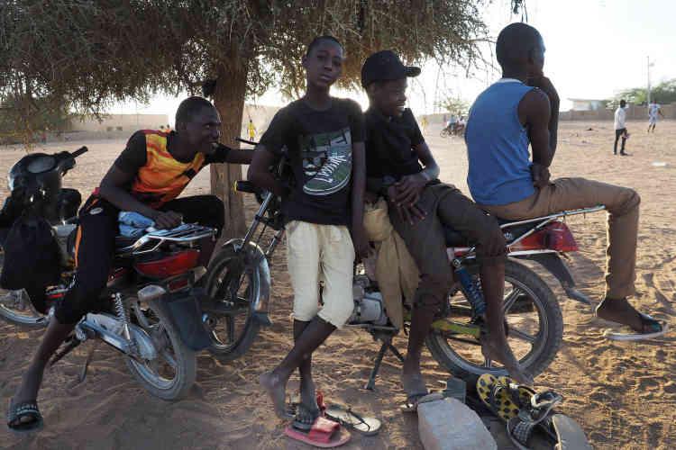 Des jeunes originaires d'Agadez.