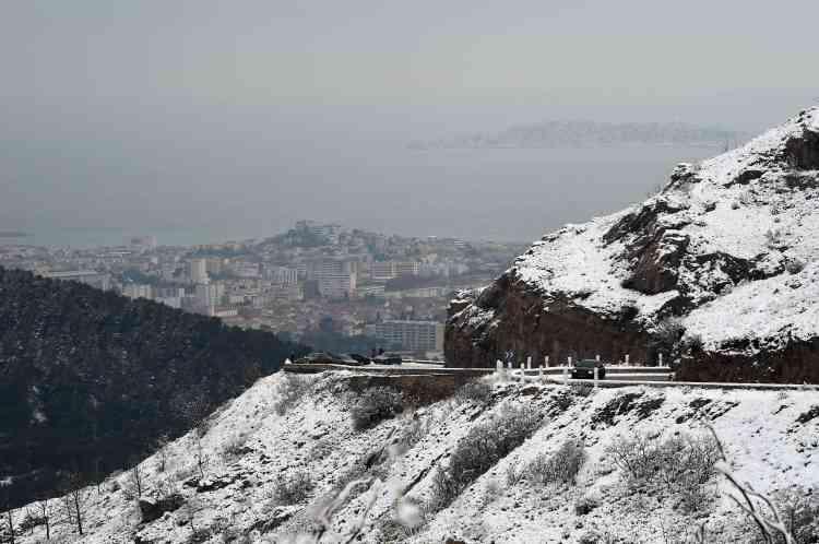 Vue de l'extérieur de la citée phocéenne.