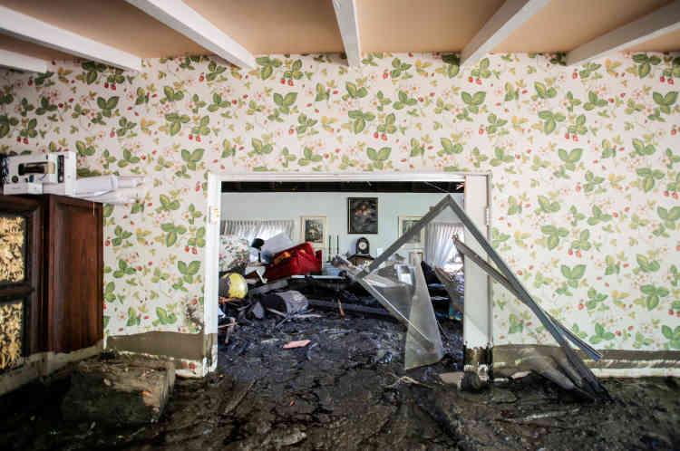 Outre les morts et blessés, 65 maisons ont été détruites et plus de 450 autres endommagées