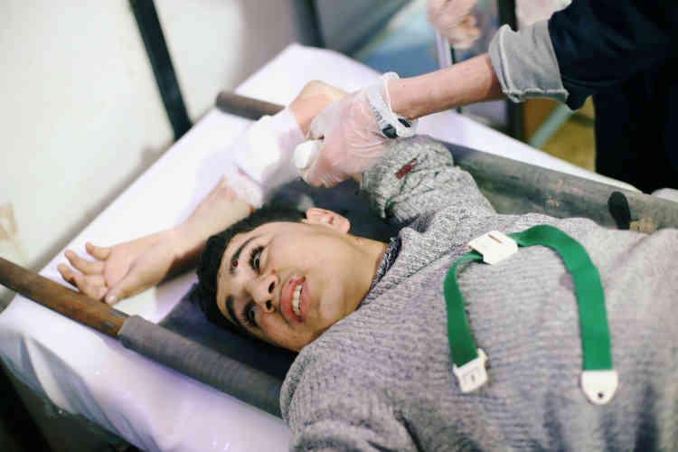 Un blessé, dans la ville de Douma, le 20février.
