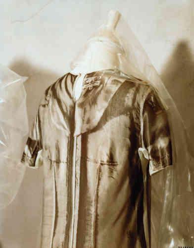 Margiela, doublure de robe photographiée et imprimée sur une robe courte, collection printemps-été1996.