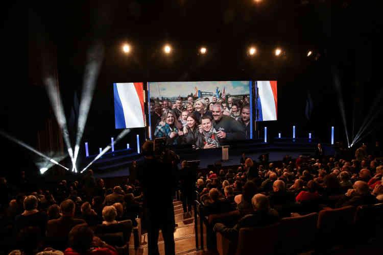 L'annonce que Marine Le Pen est de nouveau présidente.