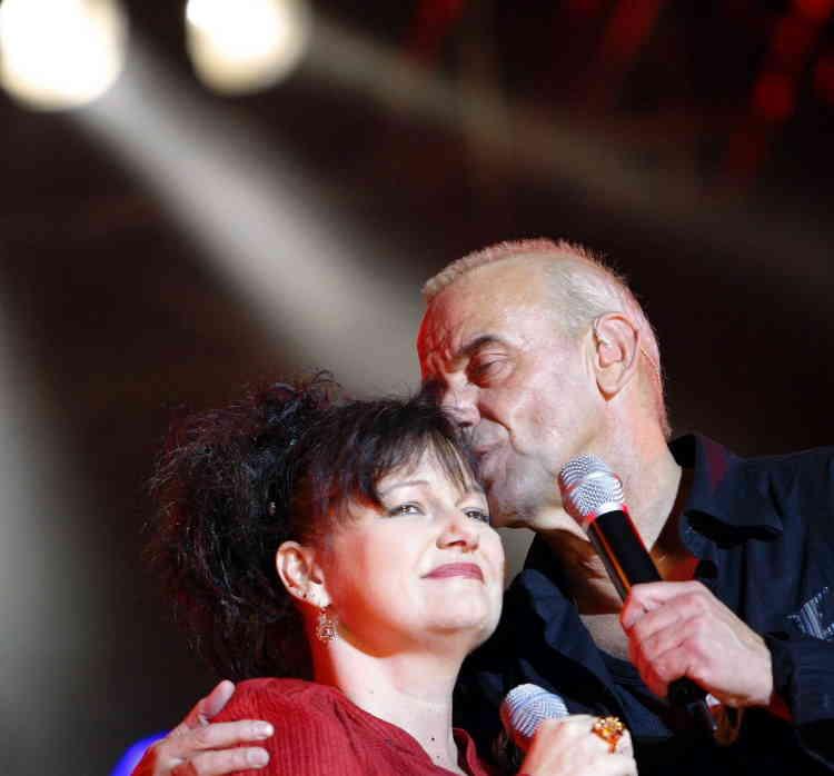 Michel Fugain avec Maurane, lors des Francofolies de La Rochelle, le 24juillet 2005.
