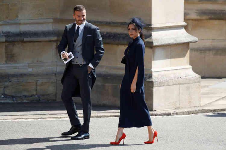 La créatrice de mode Victoria Beckham et son mari, l'ex-footballeur David Beckham, font partie des invités.