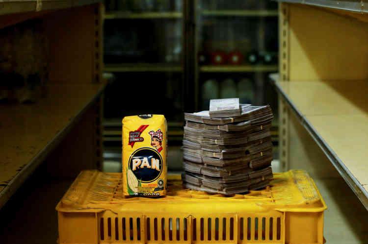 Un kilo de farine de maïs: 2500000 bolivars (0,38dollar américain).