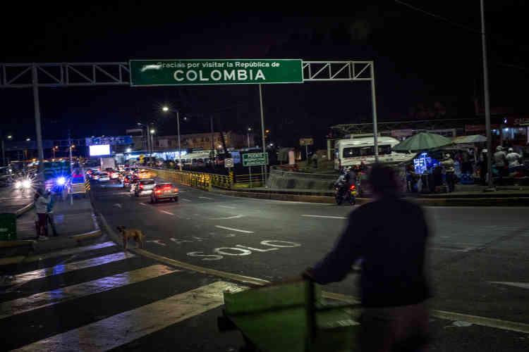 Le pont de Rumichaca relie la Colombie et l'Equateur.