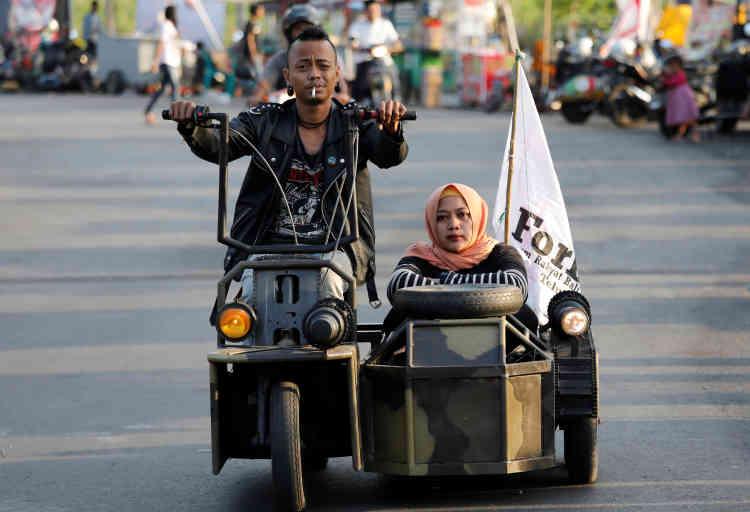 Il y aurait environ 60 000 scooters de la marque en circulation dans le pays.