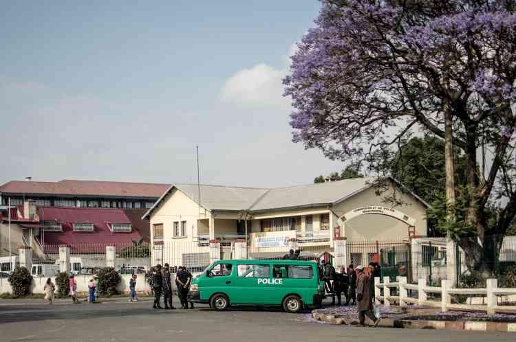 Mercredi, les forces de l'ordre se sont fait discrètes dans la capitale, après une campagne électorale sans incident.