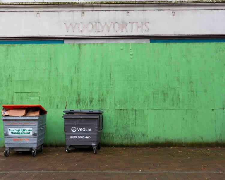 Woolworths, une ancienne enseigne de bazar, a été l'une des premières à fermer, lors de sa faillite nationale en 2008.