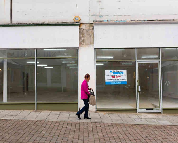Dans les principales rues du centre ville d'Aldershot, 20 % des magasins sont vacants.