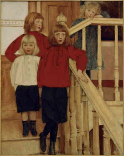 «Khnopff a fait le portrait de quatre enfants sages en s'inspirant d'une photographie. En haut des marches, la petite fille à la robe bleue appuie sa main et son visage sur la rampe de l'escalier où Khnopff a incisé sa signature.»