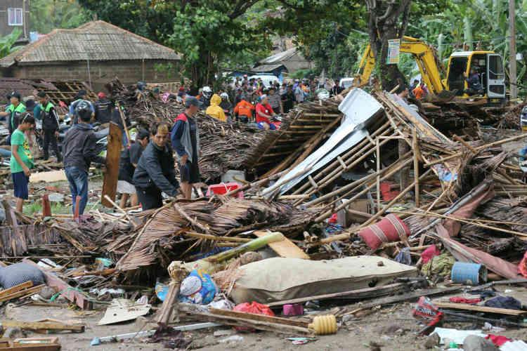 Dans le village ravagé de Carita,des centaines de bâtiments ont été emportés.