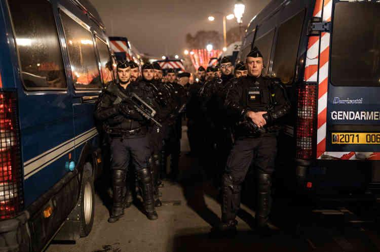 18 000 policiers et gendarmes ont assuré la sécurité des festivités.