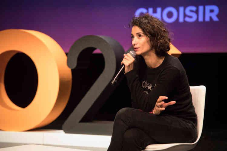 """La comédienne Rachida Brakni, en répétition à la Comédie de Saint-Etienne, joue aussi le rôle de """"grand témoin"""" pour O21."""