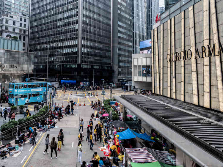 Dimanche 27 janvier 2019. A Hong Kong, le produit intérieur brut par habitant est presque équivalent à celui de la Suisse.