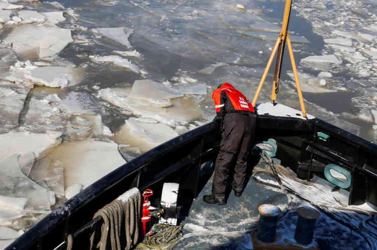 Soixante-dix pour cent du fioul utilisé par des particuliers dans la région du Nord-Est circule par le fleuve Hudson.