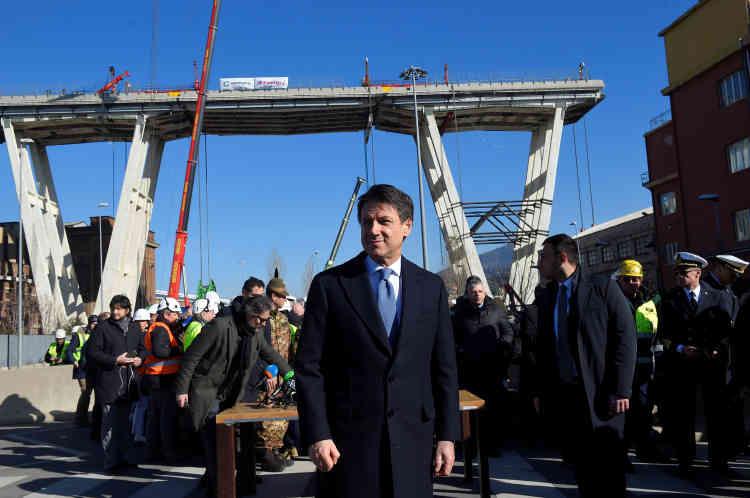 Giuseppe Conte, le premier ministre italien, était présent, pour le début de ce chantier qui doit durer au moins six mois.