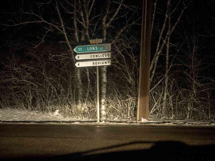 Kilomètre 50. Sur la départementale 678, avant Revigny.