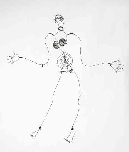 """«Lorsque Alexander Calder quitte New York pour Paris en 1926, il se consacre à la sculpture en fil de fer. Ces """"dessins dans l'espace"""" diffusent leur énergie à travers la délicate vibration des lignes. Ce portrait de Joséphine Baker fait partie des cinq représentations en fil de fer de la célèbre meneuse de revue. »"""