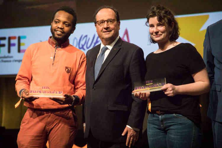 Lors de la soirée, François Hollande, président de la fondation LaFrance s'engage, a remis les prix Jeunes engagé·e·s pour récompenser les meilleurs projets d'innovation sociale de la région GrandEst.